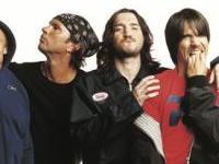 Red Hot Chili Peppers demandent de l'aide chez les admirateurs
